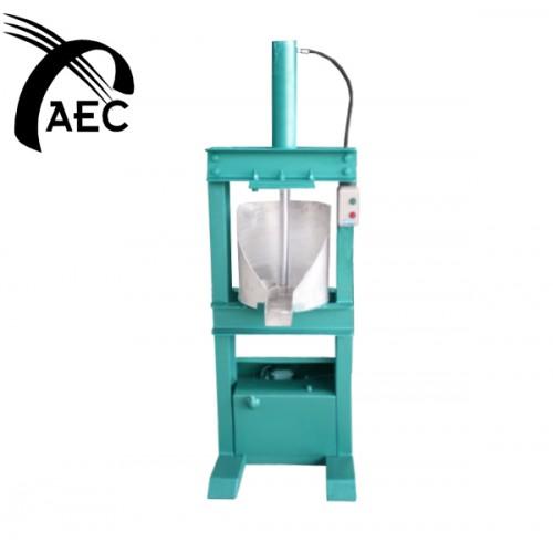 AK Food Machine, Coconut Milk Extractor-Hydraulic
